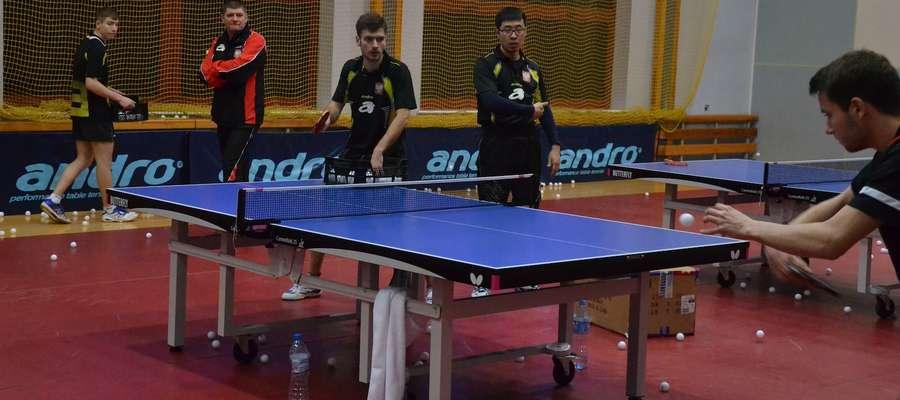 Reprezentanci Polski na zgrupowaniu w Ostródzie trenują w hali Ostródzkiego Centrum Sportu i Rekreacji