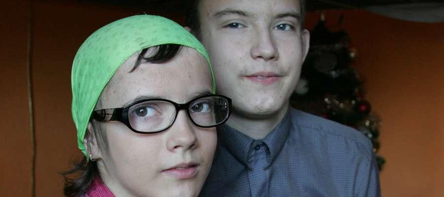 Weronika i Kamil chcieliby żyć jak wszyscy nastolatkowie, dlatego potrzebują wsparcia, by kontynuować leczenie