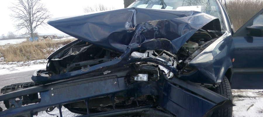 Kierowca na szczęście nie doznał poważniejszych obrażeń.
