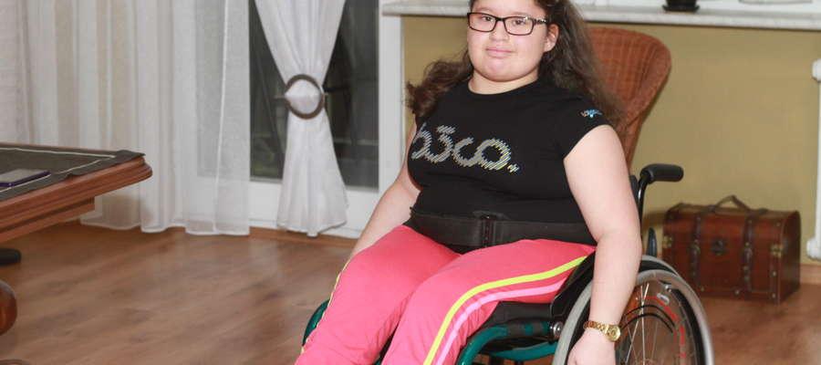 Zuzia Szewczyk marzy o urządzeniu, dzięki któremu mogłaby samodzielnie poruszać się po chodnikach.