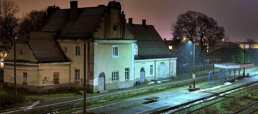 W sylwestrową noc wiele działo się na płońskiej stacji PKP...