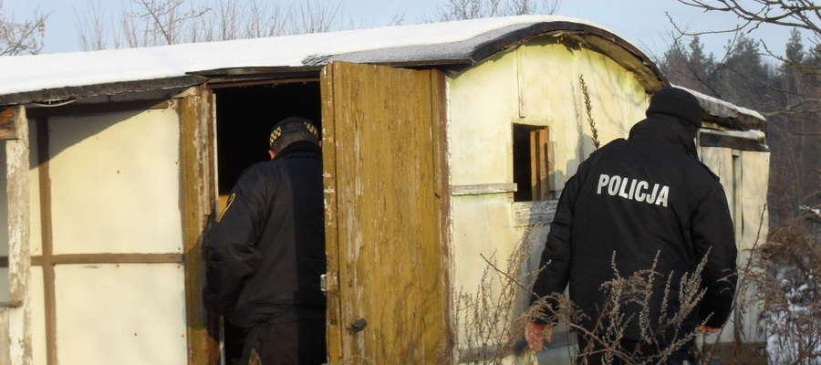 Zima to trudny czas dla bezdomnych. Zwłaszcza dla tych, którzy nie starają się zmienić swojej sytuacji życiowej