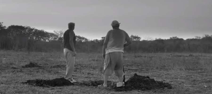 """Kadr z filmu """"Epokowy Projekt"""""""
