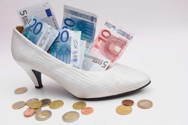 Coś niebieskiego i grosik w pantofelku, czyli ślubne przesądy - full image