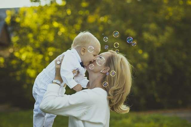 Mama po 40. - full image