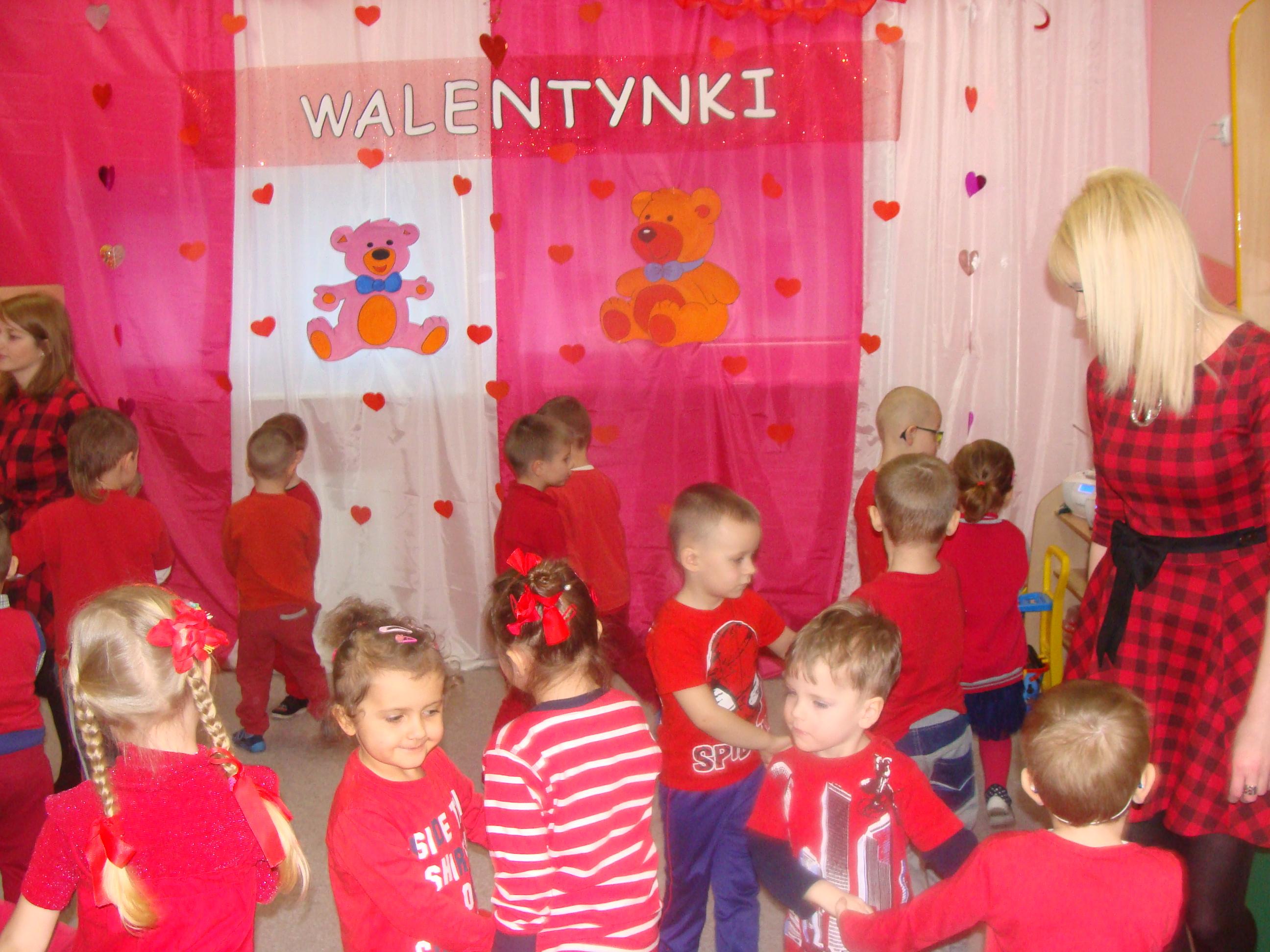Zabawy Walentynkowe W Przedszkolu Gminnym Nr 1 W Bartoszycach