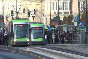 """Uwaga! Prace na torowisku w centrum Olsztyna. Utrudnienia w ruchu i wyłączony przystanek """"Skwer Wakara"""""""
