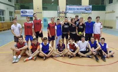 Ferie na sportowo w Zespole Szkół w Janowcu Kościelnym