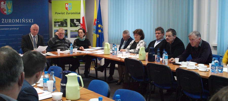 W listopadzie Rada Powiatu podjęła apel. Odpowiedzi od jego adresatów dotarły do radnych