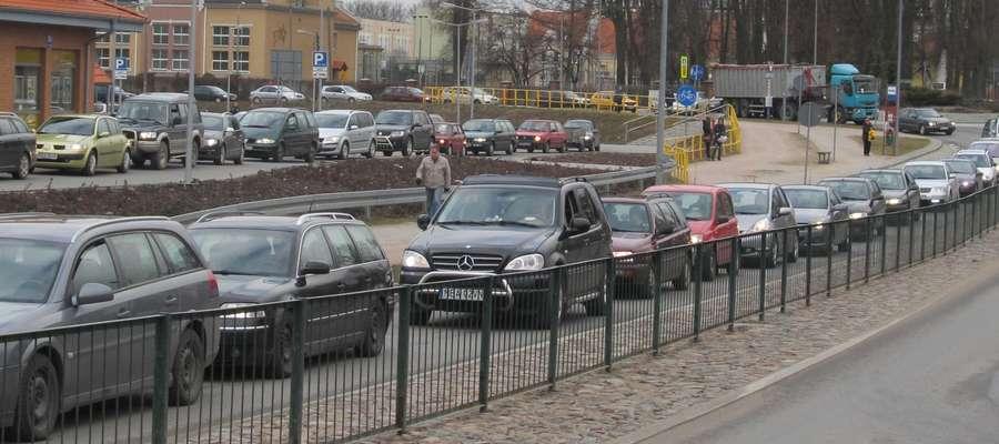 Korki na ulicy Bema w Bartoszycach
