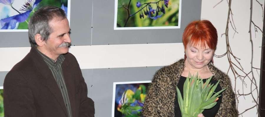 Łucja i Marek Podskalni w trakcie wernisażu w RCK