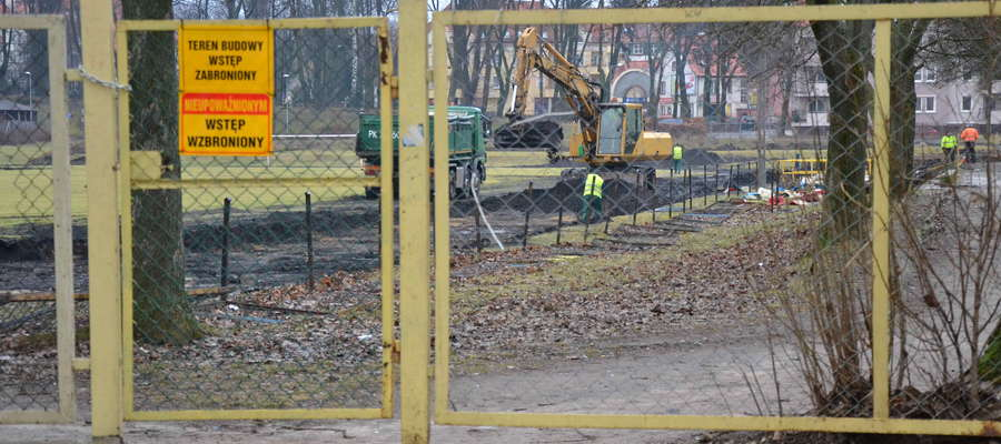 Na stadionie przy ul. Wyszyńskiego trwają prace modernizacyjne