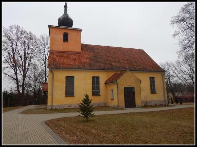 Kościół w Kandytach - stan obecny (marzec 2016 r.) - full image