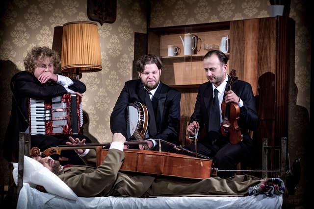 Ruszają Olsztyńskie Spotkania Teatralne! Dziś też ostatnia szansa, by zagłosować na Teatralną Kreację Roku!   - full image