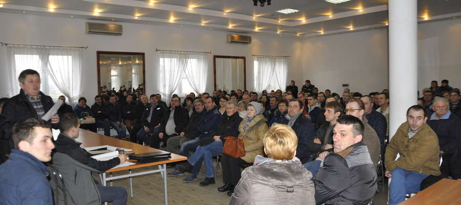 W poniedziałkowym spotkaniu w Lutocinie wzięło udział ponad 200 osób
