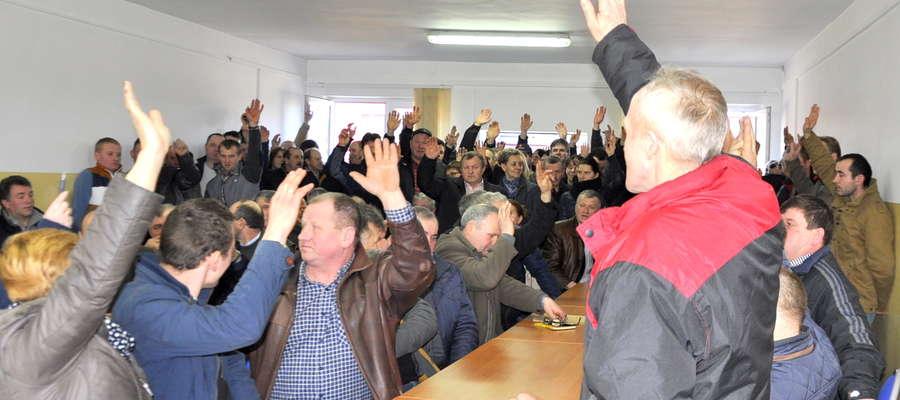 Marcowe spotkanie w Spółdzielni było chwilami bardzo burzliwe. Rolnicy niemal jednogłośnie opowiadali się za połączeniem spółdzielni żuromińskiej z inną