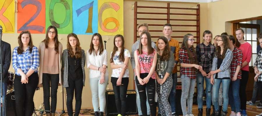Uczniowie zaprezentowali swoje umiejętności muzyczne