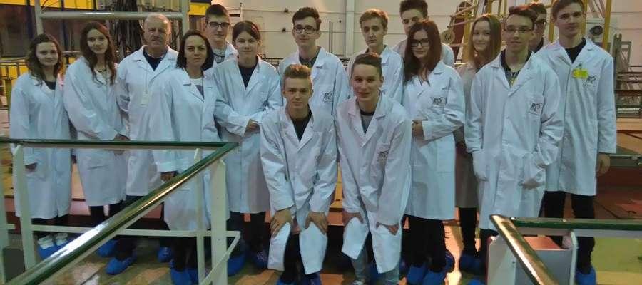 Grupa Licealistów zwiedziła reaktor jądrowy