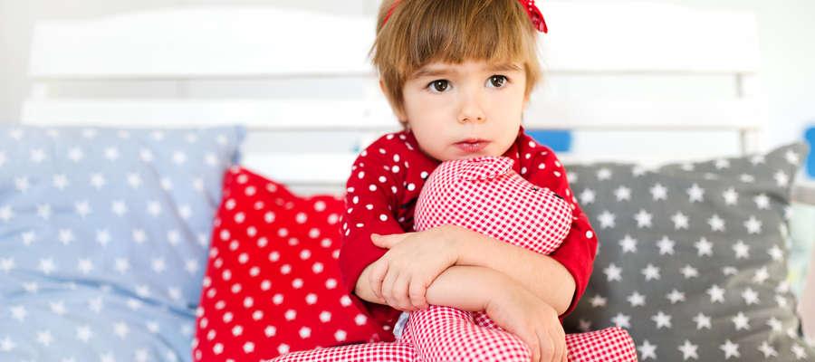 Czteroletnia Nadia wygląda na dwa lata. Dlatego jej rodzice podjęli decyzję o podawaniu hormonu wzrostu