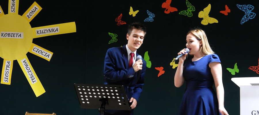 Występ Oliwii Mowińskiej i Dominika Światkowskiego w Kurzętniku