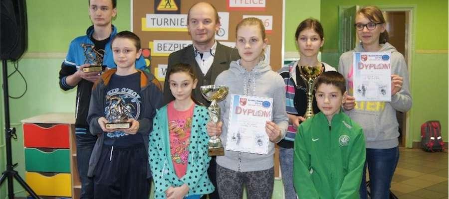 Uczniowie z Bratiana byli najlepsi i pojadą na turniej powiatowy