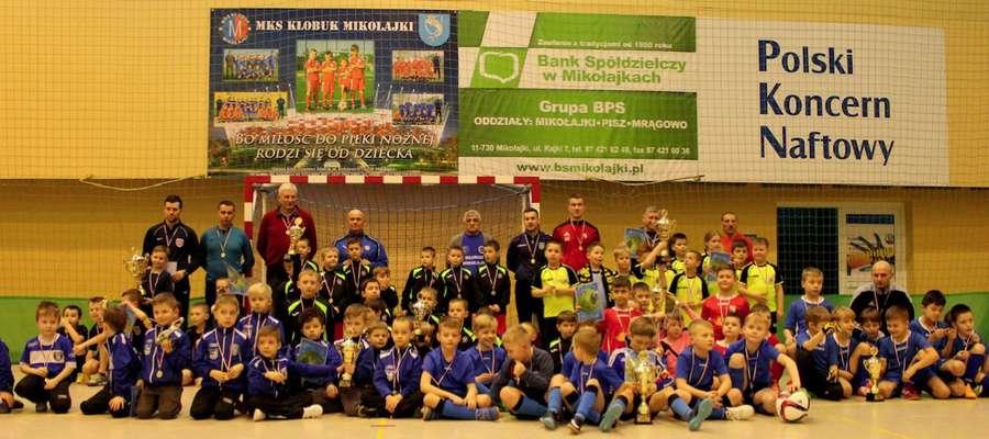 I Turniej Halowej Piłki Nożnej o Puchar Burmistrza Mikołajek