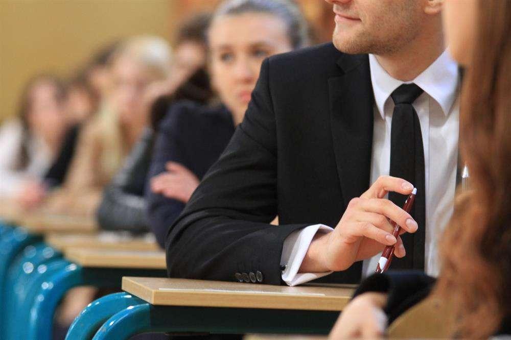 Trudne wybory, czyli co dalej po maturze? - full image