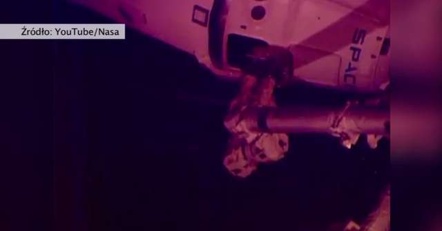 Statek Dragon przybił do Międzynarodowej Stacji Kosmicznej - full image