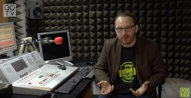 O radiu UWM FM mówi redaktor naczelny Piotr Szauer. - full image