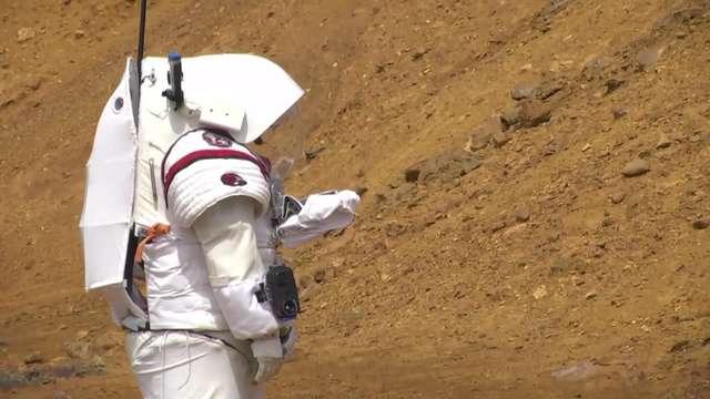 Naziemne testy kosmicznego robota. Maszyna ułatwi pracę astronautom - full image