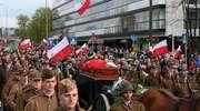 """Żołnierze POW z Ełk uczestniczyli w pogrzebie mjr Zygmunta Szendzielarza """"Łupaszki"""""""