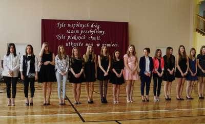 Maturzyści z Polnej pożegnali szkołę [zdjęcia]