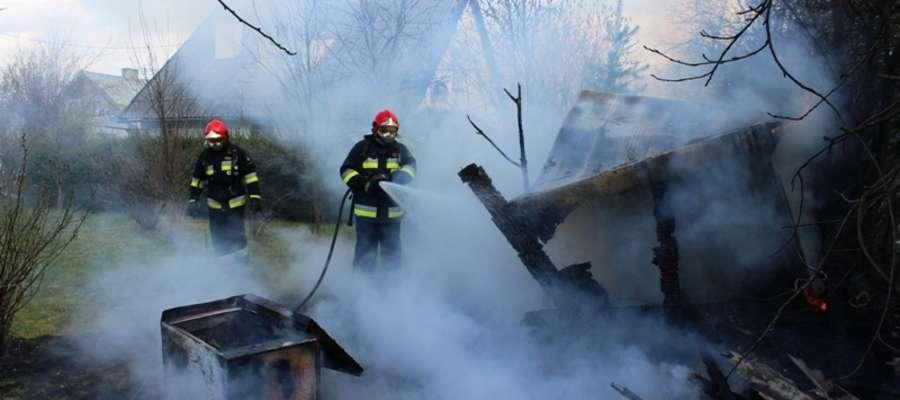 Po ugaszeniu pożaru komórka została rozebrana, pogorzelisko sprawdzone a zarzewia ognia dogaszone