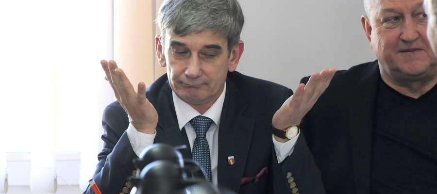 Zdaniem burmistrza Bieżunia Andrzeja Szymańskiego kurniki i chlewnie powinny być bogactwem dla gminy a nie utrapieniem