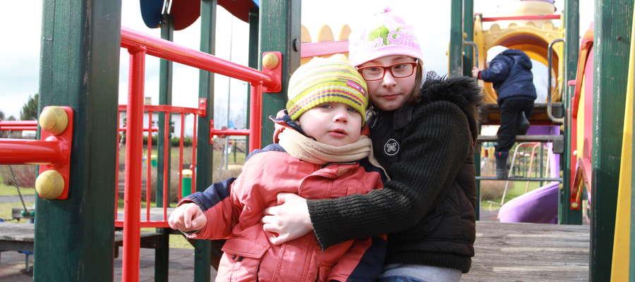 Trzyletni Wiktor jest dzieckiem autystycznym. Dziewięcioletnia Oliwia byłą skrajnym wcześniakiem.
