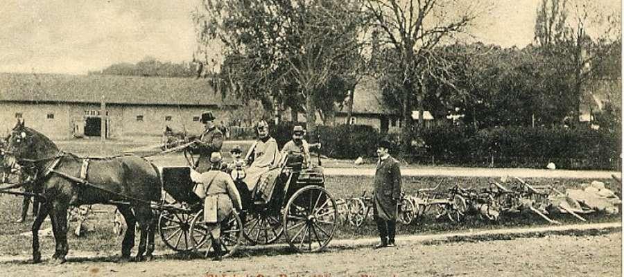 Kajzer Wihlem II w Kadynach (ok. 1910). Ostatni po prawej: Rüdiger von Etzdorf