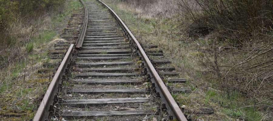 W okolicach Fromborka brakuje podkładek podszynowych, wkrętów, łapek i śrub stopowych z nakrętkami