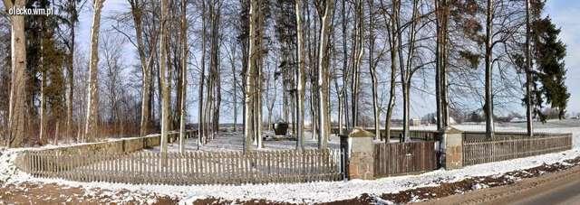 Cmentarz żołnierzy niemieckich i rosyjskich w Markowskich - full image