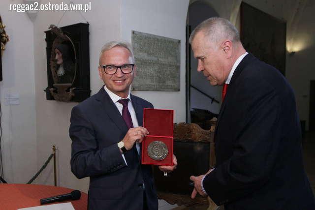 Prof. Błoński laureatem Nagrody im. biskupa Ignacego Krasickiego - full image