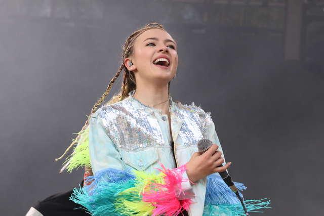 Znamy datę koncertu Natalii Nykiel na dachu autobusu w Olsztynie! - full image