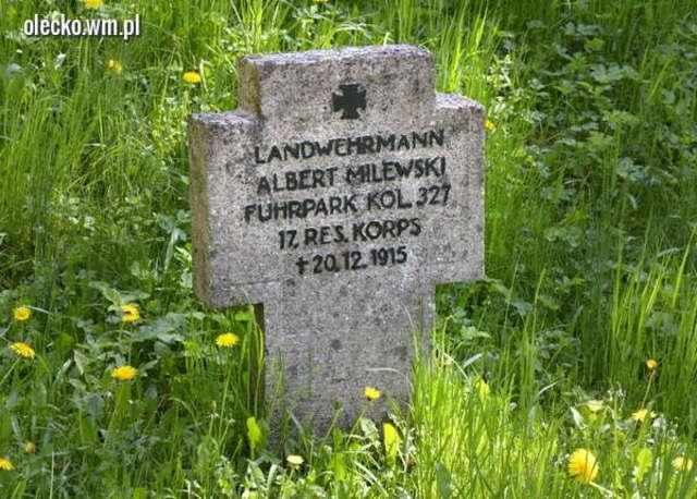 Cmentarz wojenny w Olecku - full image