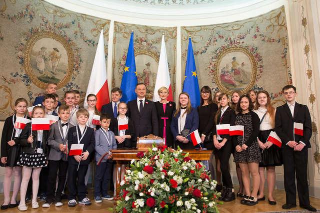 Ulgi dla dzieci Polonii - full image
