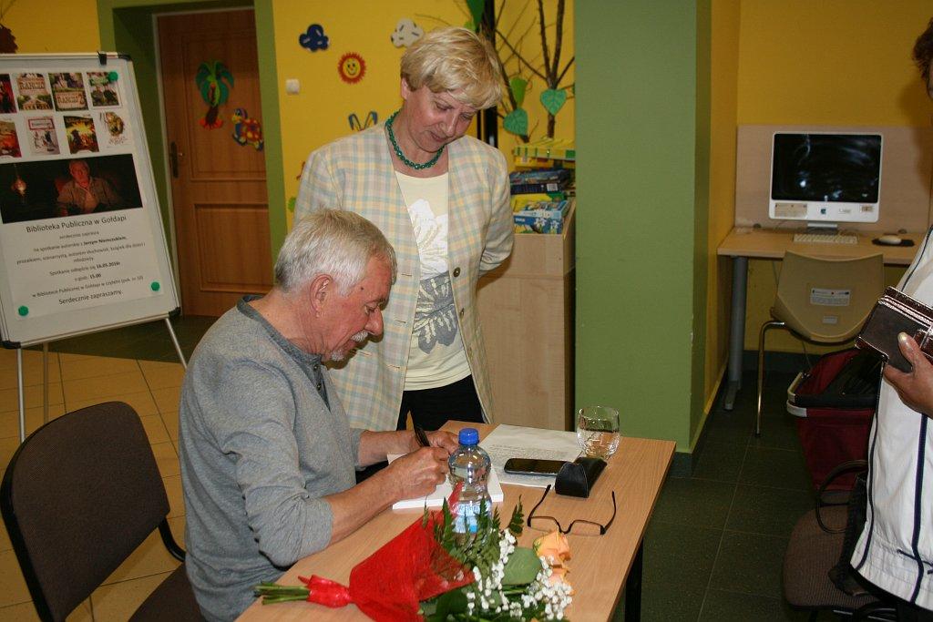 http://m.wm.pl/2016/05/orig/spotkanie-z-jerzym-niemczykiem-za-nami-11-312004.jpg