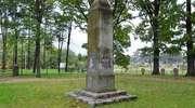 Cmentarz wojenny i pomnik poległych w Kowalach Oleckich