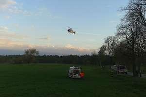 Pijany motocyklista potrącił 8-latkę na rowerze. Została zabrana śmigłowcem do Olsztyna