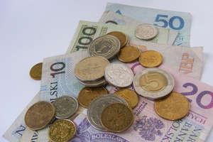 ARiMR  przekazała już  ponad 1,08 mld zł na konta bankowe rolników