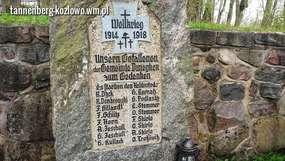 Dunajek: pomnik poległych i stary cmentarz ewangelicki