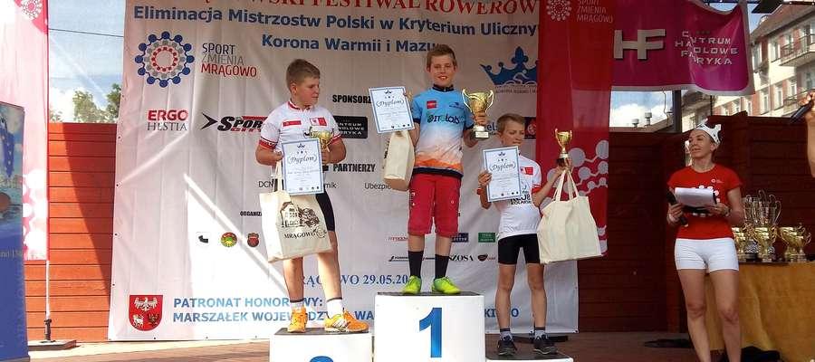 Dawid Łątkowski na najwyższym stopniu podium w Mrągowie