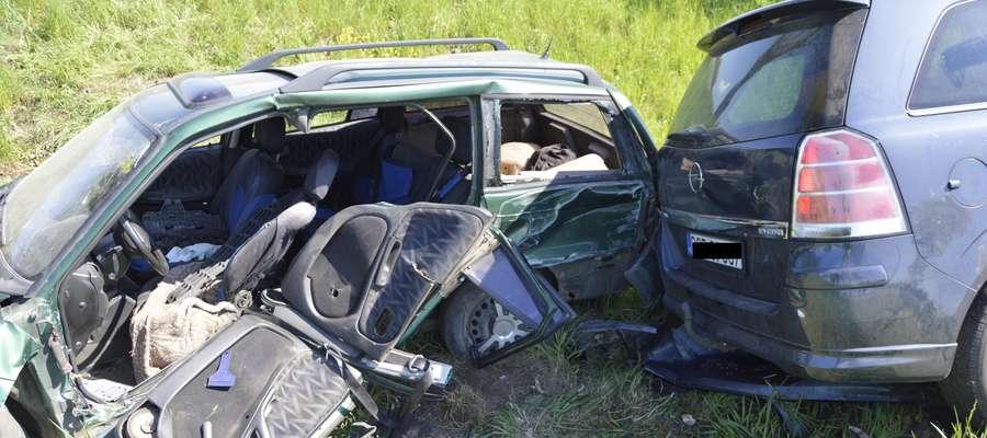 Wypadek na DK 16. Jedna osoba w stanie ciężkim zabrana helikopterem