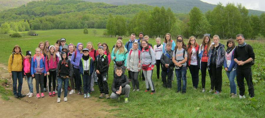 Wycieczka uczniów ze szkół w Hartowcu w Bieszczady